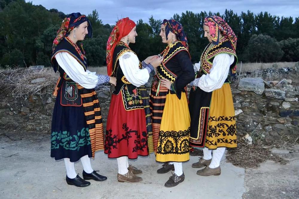 Fiestas Patronales de Domez de Alba. Fotografía Benita Fernández
